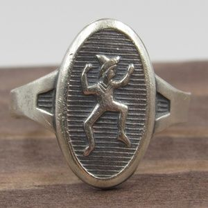 Size 7.5 Sterling Silver Unknown Symbol Band Ring
